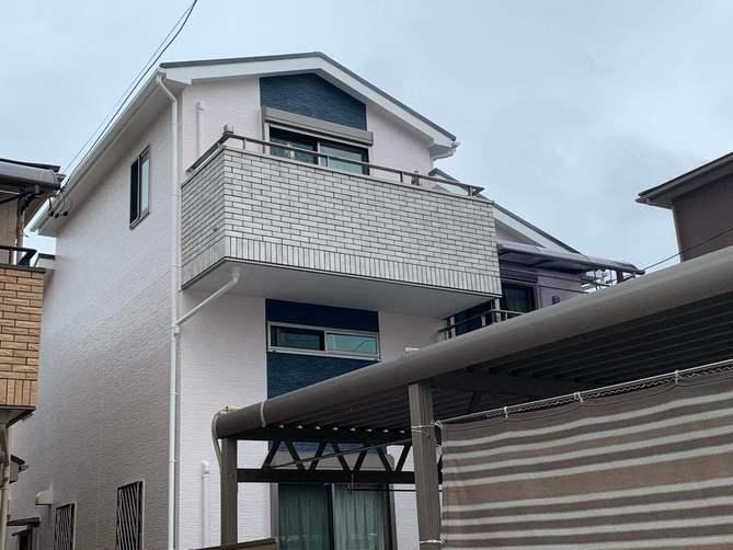 春日井市Y様邸外壁塗装工事・屋根塗装工事・コーキング打ち替え、打ち増し工事・ベランダトップコート工事