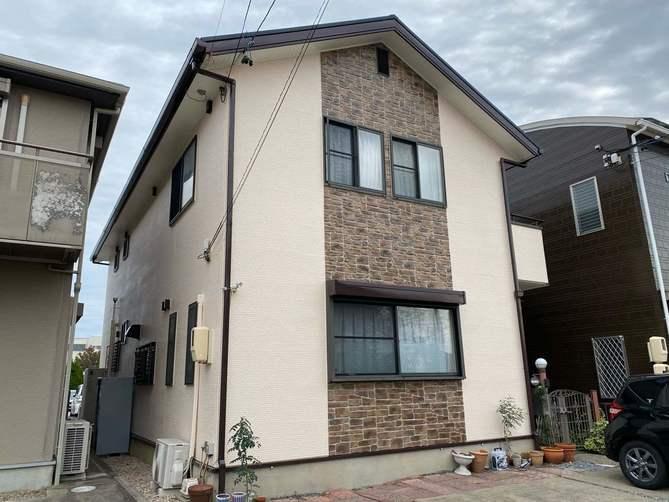 豊山町U様邸外壁塗装工事・屋根塗装工事・コーキング打ち替え、打ち増し工事