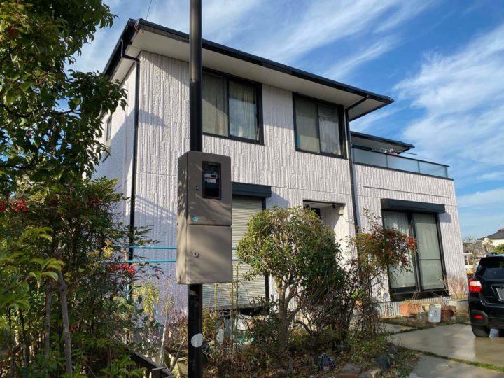 小牧市H様邸外壁塗装工事・屋根塗装工事・コーキング打ち替え、打ち増し工事・ベランダ防水工事